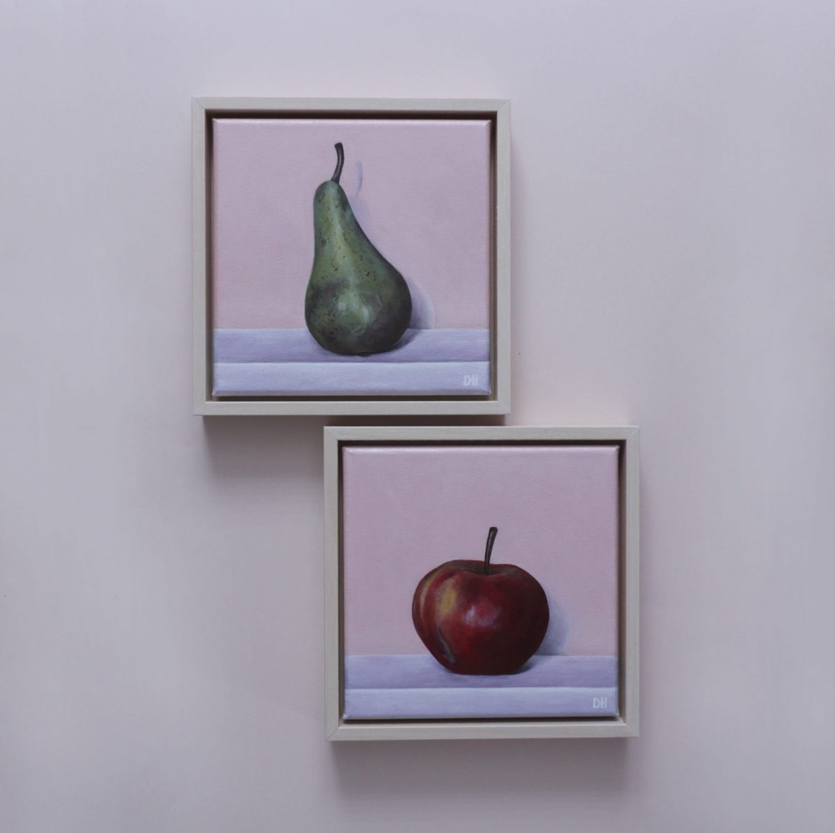 'A Pear' & 'An Apple'